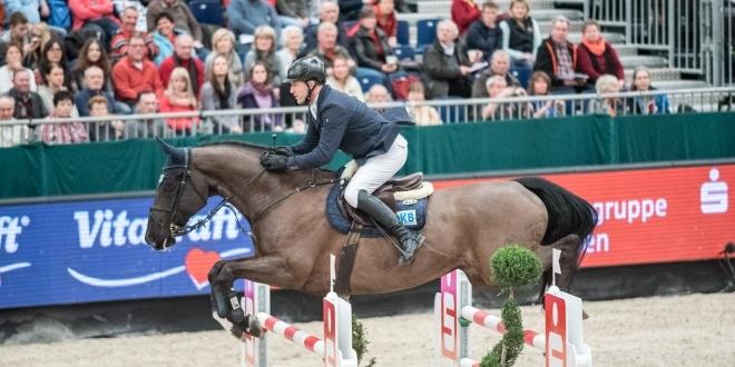 Holger Wulschner - Gewinntin Braunschweig - Franke Sloothaak gratuliert