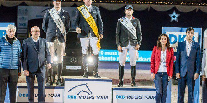 Siegerehrung für Markus Beerbaum, Jens Baackmann und Christian Rhomberg (Foto: Hans-Joachim Reiner)