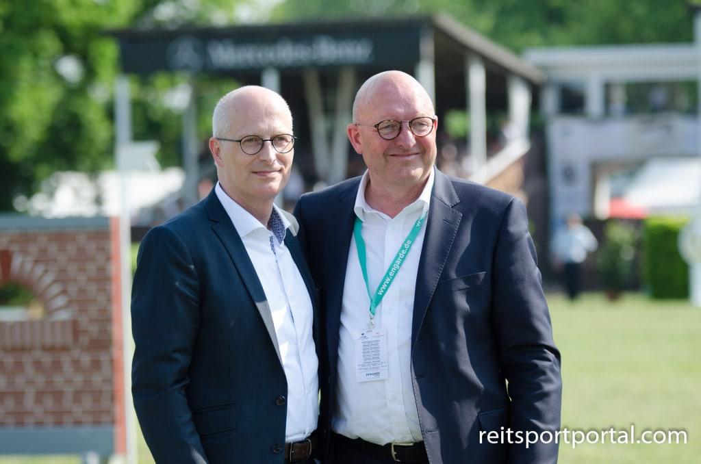 Derbychef Volker Wulff und Hamburgs Erster Bürgermeister Peter Tschentscher