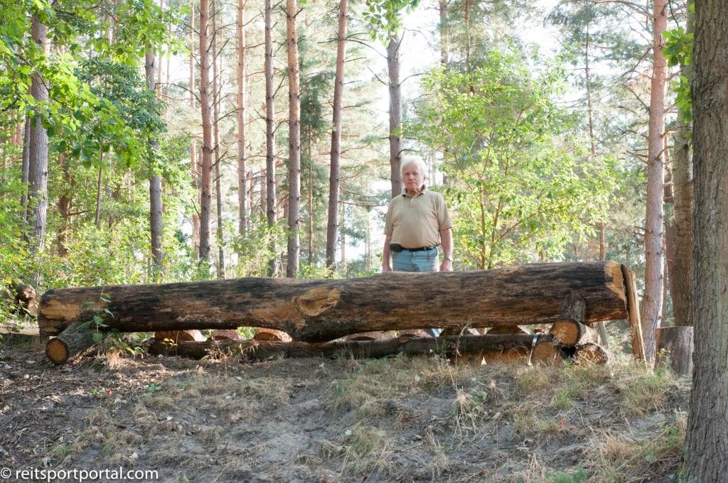 Vielseitigkeits-Olympiareiter Uwe Plank immer mit Rat und Tat zur Stelle
