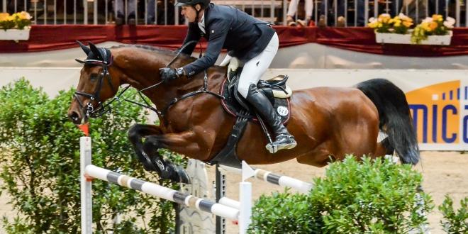 Andre' Thieme springt zum Sieg im Großen Preis von Sachsen 2018(Foto:Hans-