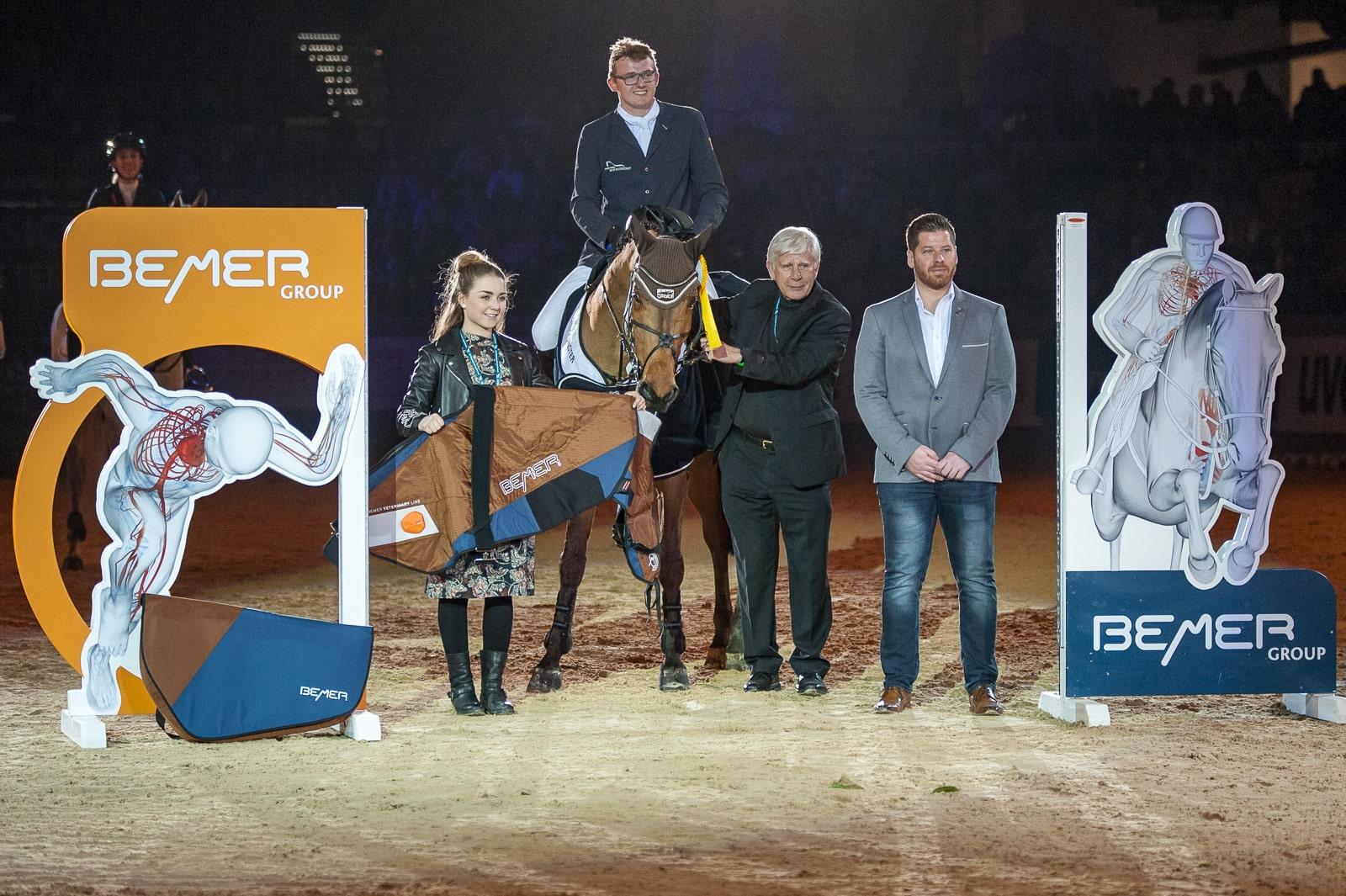 Max Haunhorst, Siegerehrung im Championat von Neumünster