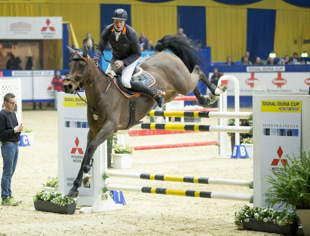 Sieger im Großen Preis der Bundesrepublik Jan Wernke mit Queen Mary. Foto: www.sportfotos-lafrentz.de