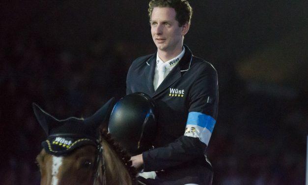 Neuro Socks Amadeus Horse Indoors 2021 – Felix Haßmann siegt im Eröffnungsspringen