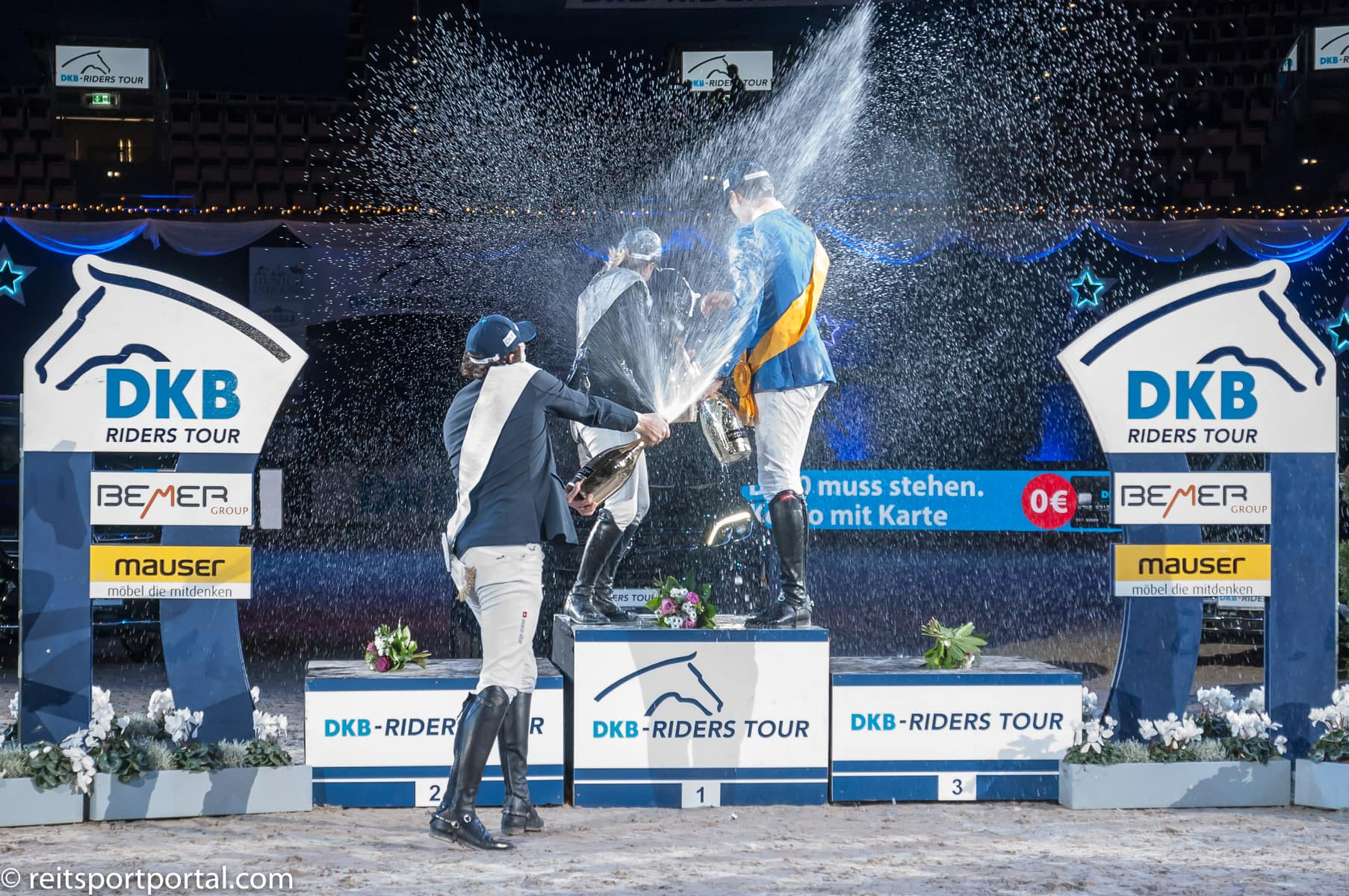 Rider of the Year Champagnerdusche