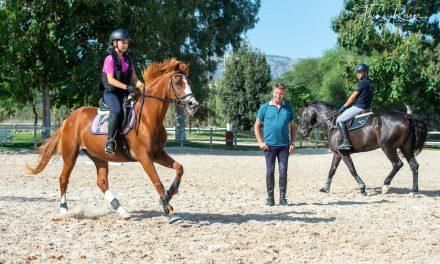 Doppel-Olympiasieger Franke Sloothaak trainiert junge Talente auf Mallorca