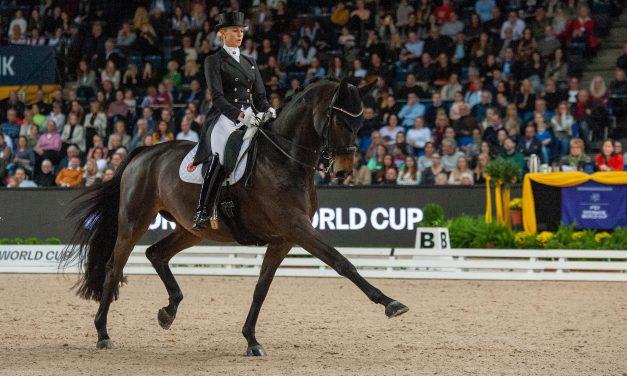 Jessica von Bredow-Werndl tanzt mit TSF Dalera BB zum Sieg in der FEI Grand Prix Kür bei den Neuro Socks Amadeus Horse Indoors 2021