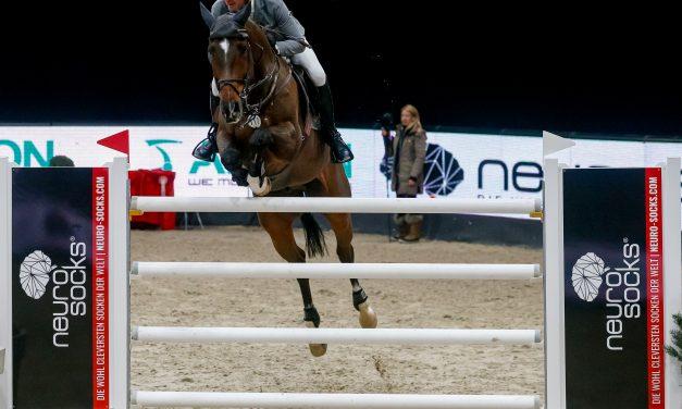 Neuro Socks Amadeus Horse Indoors 2021 -Philipp Weishaupt siegt im  Masters